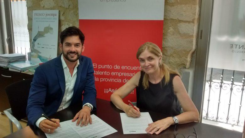 Firma de convenio entre AEPA y Jovempa